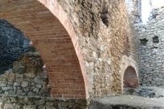 jas-hrad33